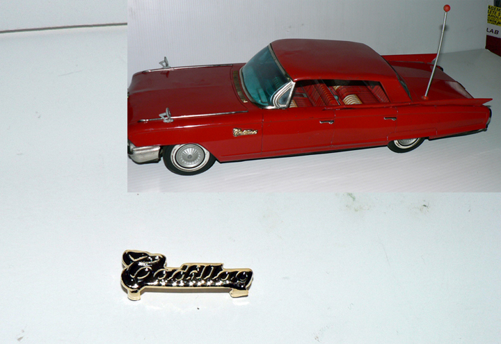 CADILLAC 1962 FLEEWOOD SIDE SING
