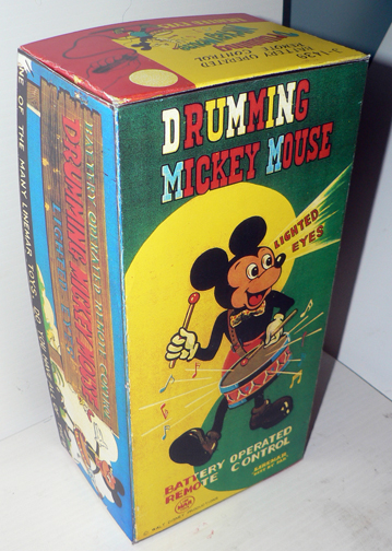DRUMMING MICKEY MOUSE